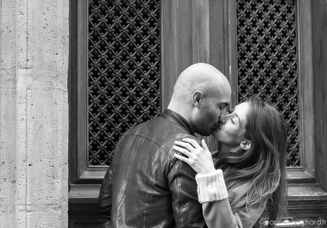 Séance photo couple, Montmartre Paris // Alexandra & Romain
