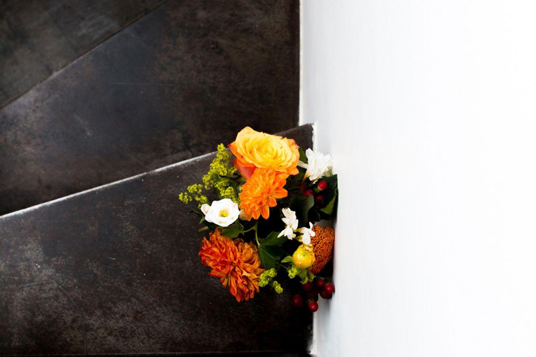 Un mariage intime & chic en jaune et orange à Paris -@Marine blanchardPhotographie-3